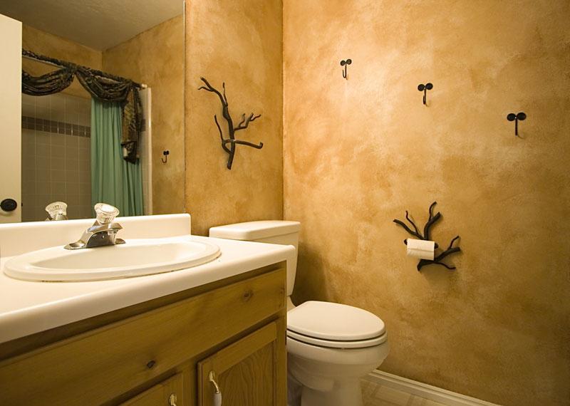 ванная комната с штукатуркой