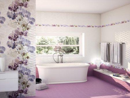 Отделка плиткой большой ванной комнаты