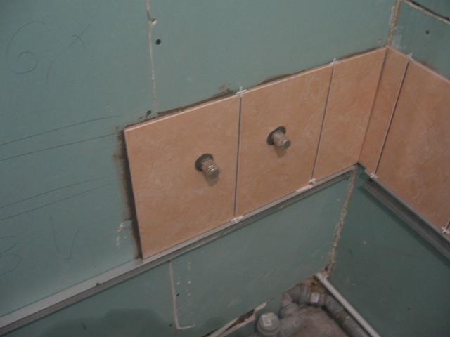 Монтаж плитки на гипсокартон в ванной комнате